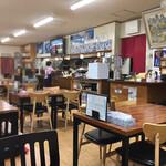 食堂ユリ - 店内の様子