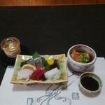 遊魚菜 平翁 - 刺身遊膳(刺身盛り合わせ、揚げ出し豆腐、温泉玉子)