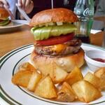 Burger Stand Tender - ベーコンチーズバーガー & フレンチフライ
