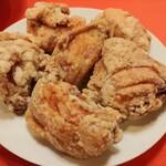 華龍閣 - 炸子鶏:鶏の唐揚げ6個 1400円