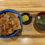 つべつ西洋軒 - バラ豚丼(1080円)