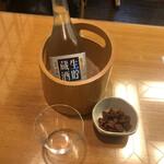 赤坂見附長寿庵 - 菊正宗の上撰です。スカしたお酒よサヨウナラ。ラッコにはこれで十分です、アハッ
