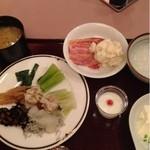 ホテルアンビエント蓼科 - 料理写真:朝食バイキング