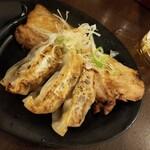 札幌みその - 餃子とチャーシュー