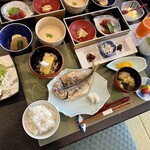 湊のやど汀家 - 料理写真:ありがちな旅館の朝食に見えるけど、一つ一つのレベル高いᕦ(ò_óˇ)ᕤ