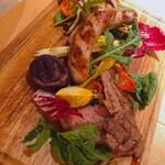 135552172 - ♦︎肉の日 ¥5,918                         (牛リブ・やまと豚ロース・バジルソーセージ)