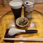 イルカ トウキョウ - 缶ビールとおつまみ