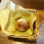 伊勢外宮前料理店 cocotte山下 - 自家製全粒粉のパン
