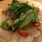 炭火焼赤身肉とクラフトビール ヴァベーネ - Va bene(鮮魚のカルパッチョ)