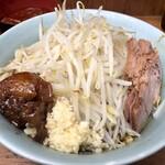 ラーメン二郎 - まぜそば850円ニンニクアブラ