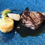 135579528 - オーストラリア産牛ヒレ肉のグリエ マデラ酒のソース