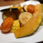 鉄板ラウンジ 旬 - 蒸し野菜