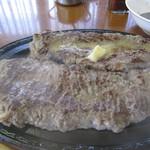 大衆レストラン No.1 - ジャンボステーキ 500g(アップ)