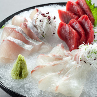 三浦半島から毎日届く旬で新鮮な魚介類をお楽しみください