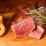 BEEF UP TOKYO charcoal grill & bar - 黒毛和牛赤身ステーキ