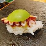 和幸寿司 - タコ&シャインマスカット
