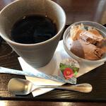 フルカワ食堂 - +200 円   デザートとドリンク