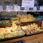 讃岐うどん大使 東京麺通団 - セルフの天ぷら各種