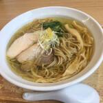 鶏蕎麦かかし - 料理写真:鶏塩そば 700円