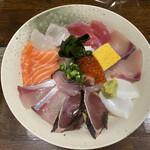135625519 - 海鮮丼定食 ¥1100