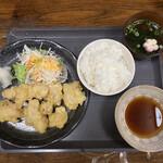 135625524 - とり天定食 ¥1100