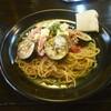 絶品パスタ  俺の味 - 料理写真:なすとツナのトマトソース¥1400