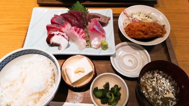 新橋魚金 高田馬場店の料理の写真