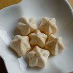 宮古島の雪塩 - 軽いのでいくらでも食べられそう♪