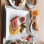 新富良野プリンスホテル - 料理写真:
