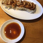 モンテローザ - 焼餃子(8個) 1人前