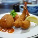 洋食の店 みしな - 料理写真:カニクリームコロッケと海老フライ