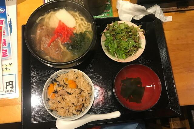沖縄大衆酒場 島人の料理の写真