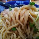 太一商店 - 麺は普通200g、大盛り300g、カチ盛り400gまで同料金
