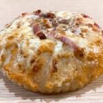 山梨パン工房 モンマーロ - ピザパン