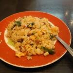 張広東飯店 桜園 - ランチの麺類には+200円で半チャーハンが付けられます