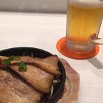 らあ麺ダイニング 為セバ成ル。カケル - 炙りチャーシューと生ビール