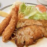 レストラン三幸 - 生姜焼きと海老フライ