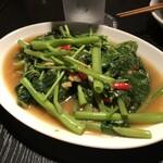 タイ屋台 チャオ チェンマイ - 空心菜炒め(大盛り)
