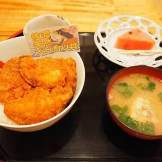 長三郎鮨 - 料理写真:佐渡天然ブリカツ丼