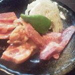 焼肉白李 - バラ・鶏・豚・ホルモン