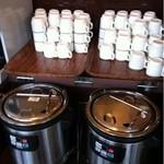 Kokosu - お味噌汁と卵スープ