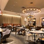 STEAK & CAFE by DexeeDiner - コロナ中お客さんは、いなかった。美味しいお店なのに貸し切り状態でした。