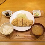 とんかつ成蔵 - TOKYO-X 特ロースかつ(180g)定食
