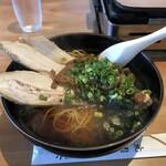 寿英焼肉苑 - 料理写真:チャーシューメン