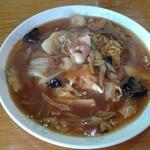 レストラン三國 - 中華風でもあり洋食屋風でもあり。