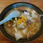 サッポロラーメン羆由良店 - 料理写真:ひぐま(味噌味、野菜入り)