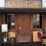 OVER TIME - 店舗の入口(大きな看板)