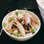 拉麺屋 一匹の鯨 - ザーサイみょうが丼