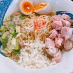 中華そば おしたに - 料理写真:
