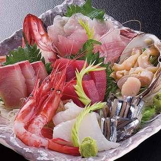 産地直送の新鮮な魚介が堪能できる!